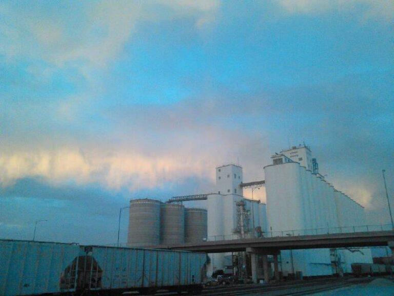 Cloud County Concordia Elevator at dawn